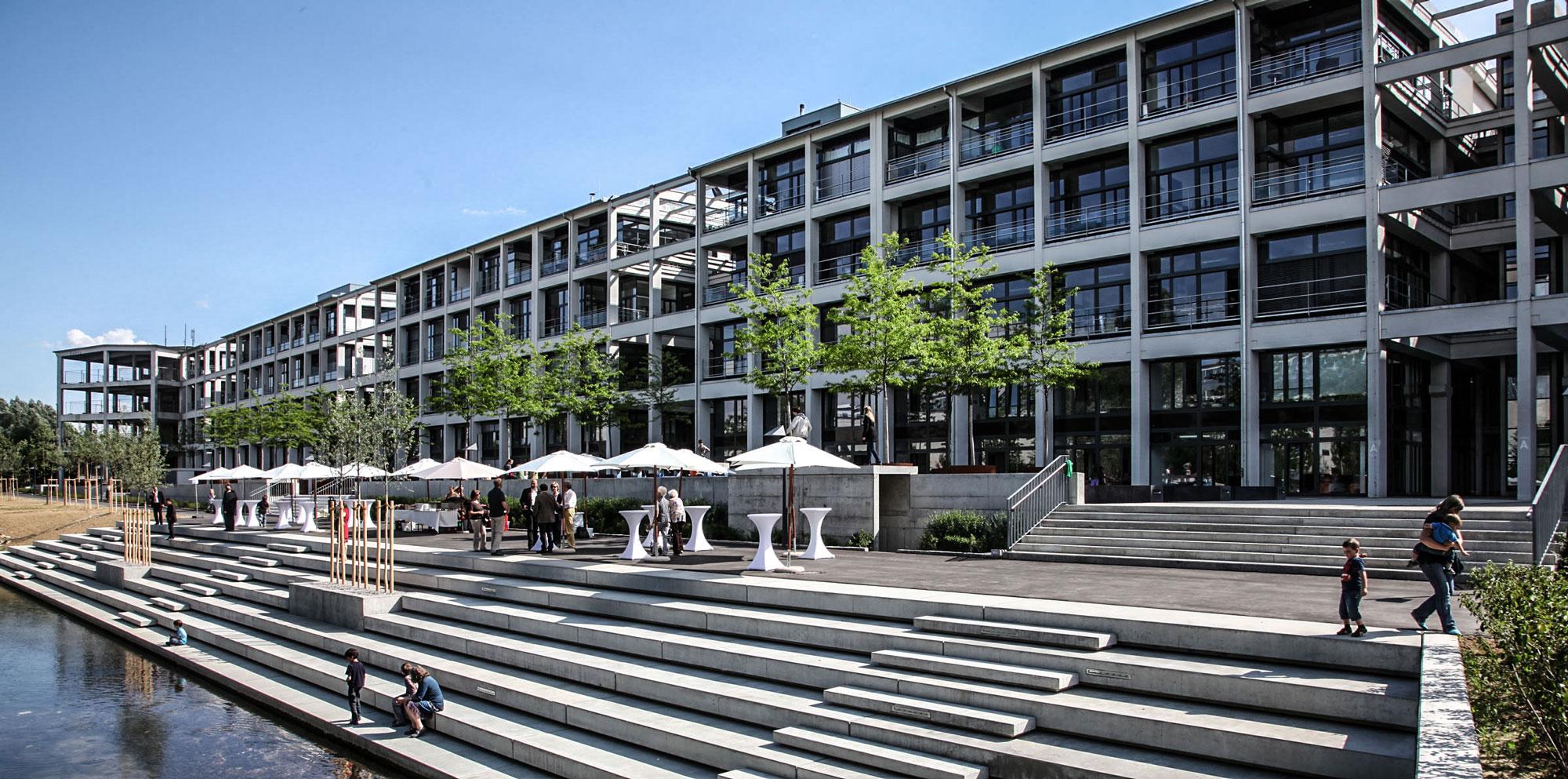 Gebäude, Büro - Ihr Immobilienmakler Ulm - Blautal Immobilien